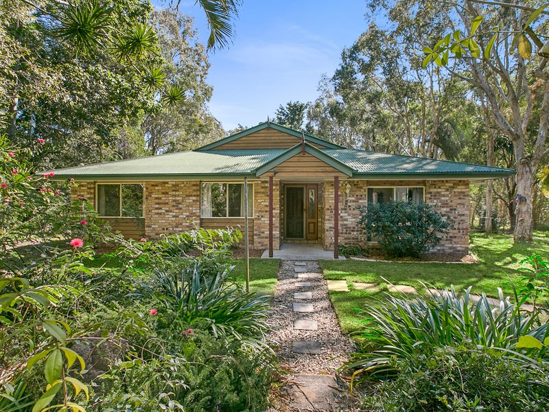 7 Coach Court, Cooroibah, Qld 4565