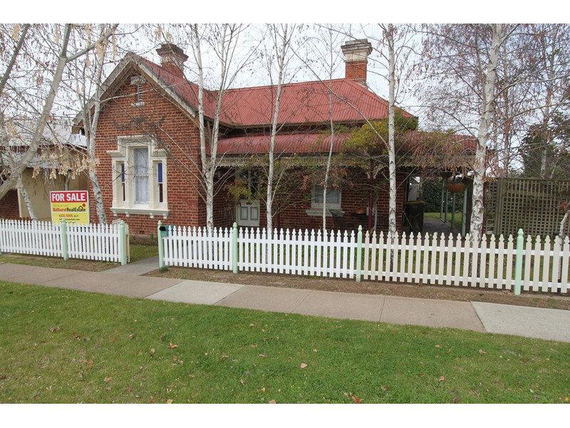 154 Seymour Street, Bathurst, NSW 2795