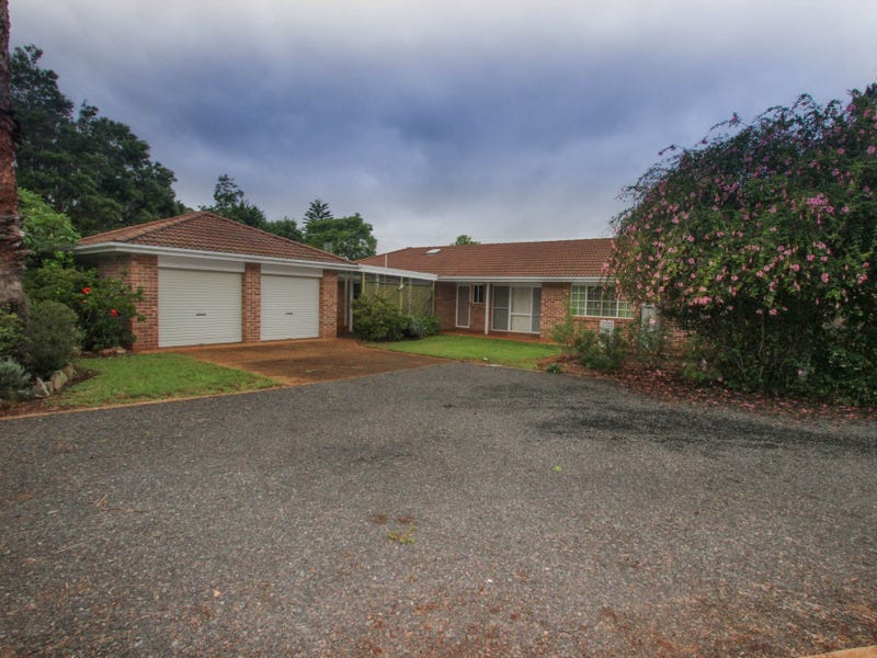 12 Morobe Street, Highfields, Qld 4352