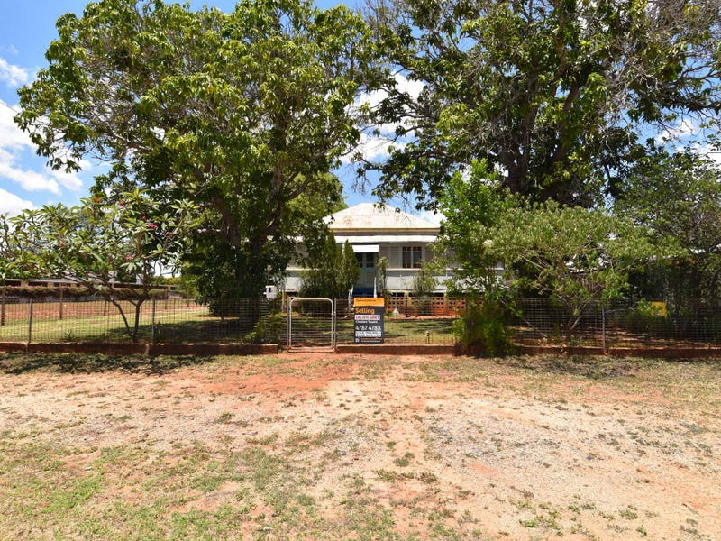 2 MACDONALD STREET, Charters Towers City, Qld 4820