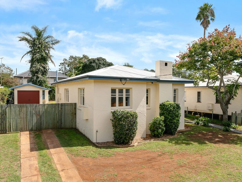 263 West Street, Harristown, Qld 4350
