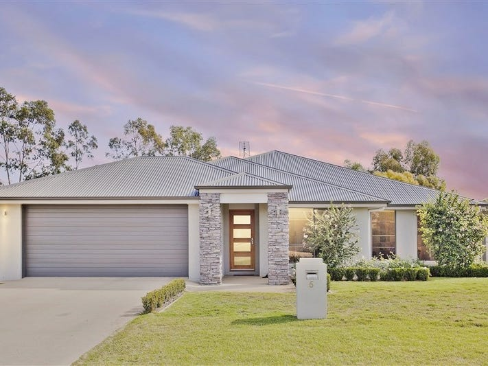 5 Lewis Street, Chinchilla, Qld 4413