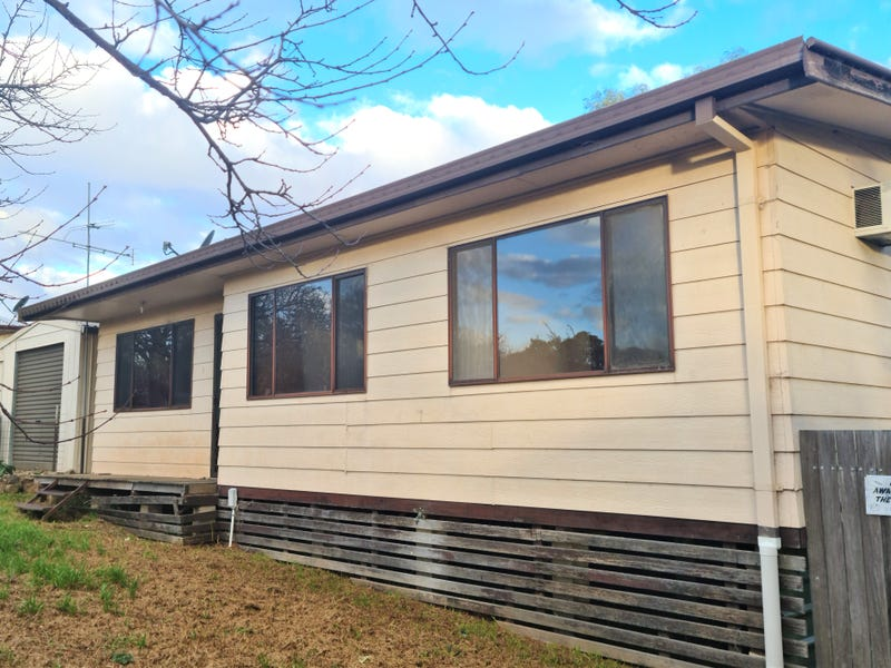 13 ROBINSON STREET, Gulgong, NSW 2852