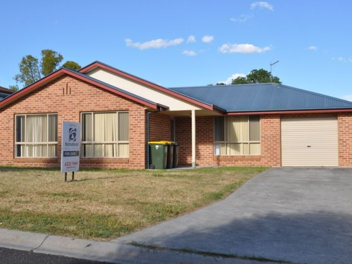7 Spofforth Place, Kelso, NSW 2795
