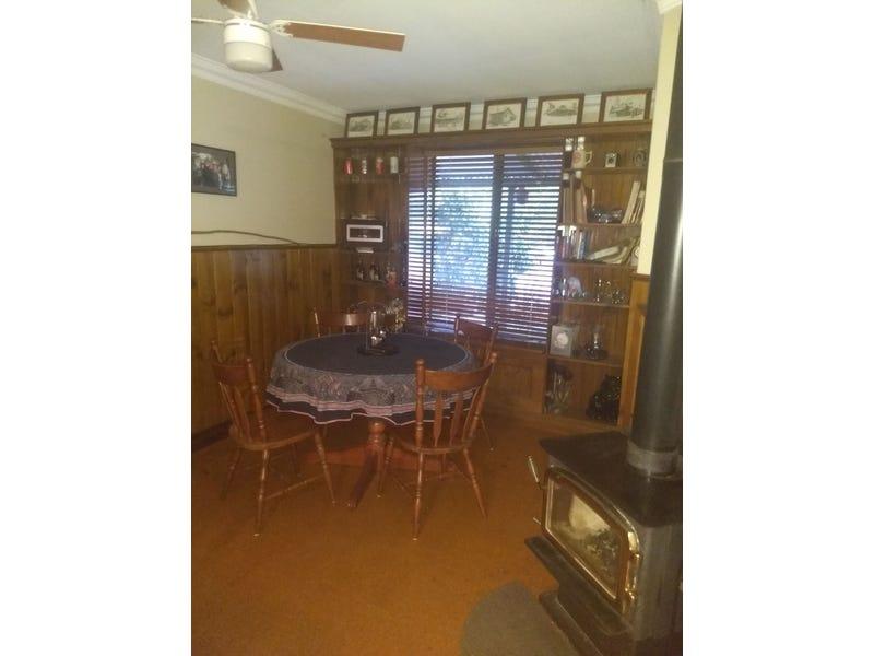 5 Darrowby Pl, Sawyers Valley, WA 6074