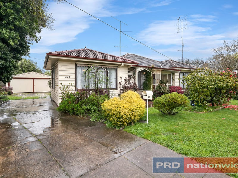 221 Winter Street, Delacombe, Vic 3356