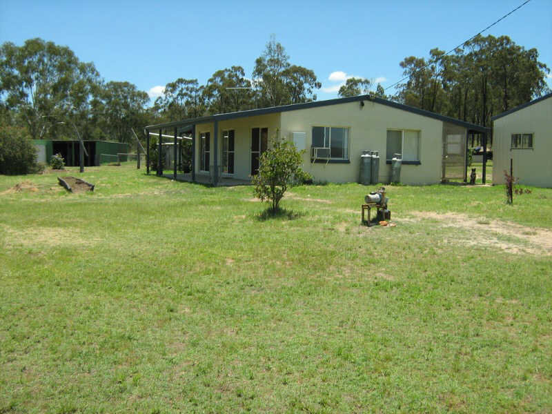 219 Mount Hope Road, Wattle Camp, Qld 4615