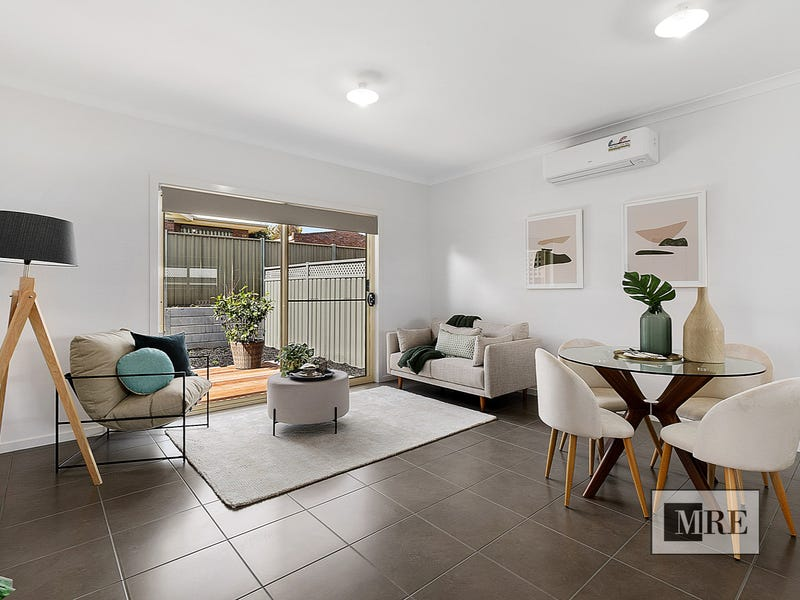 1/8 Somerset Crescent, Mansfield, Vic 3722