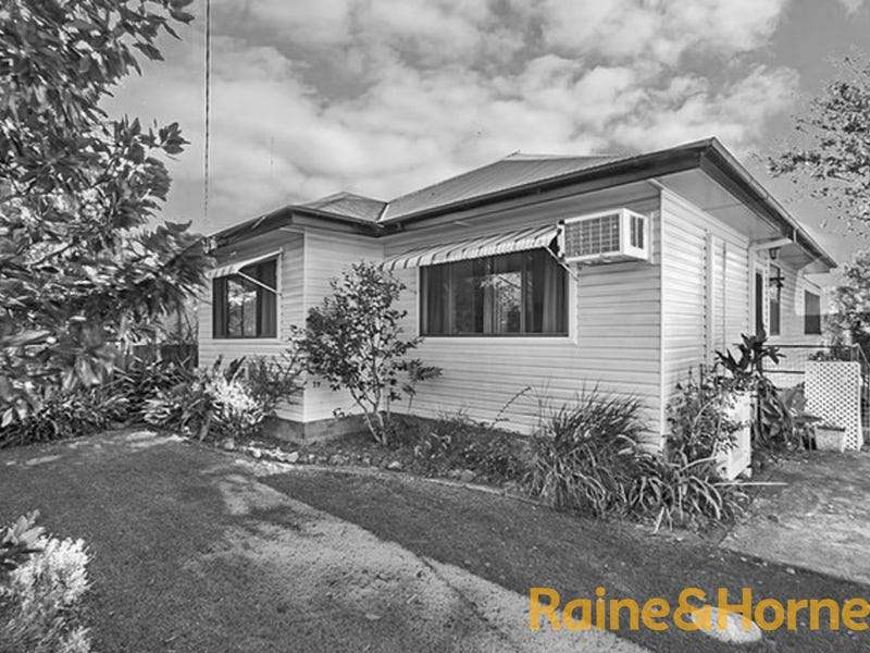 120 LAKEVIEW PARADE, Blacksmiths, NSW 2281