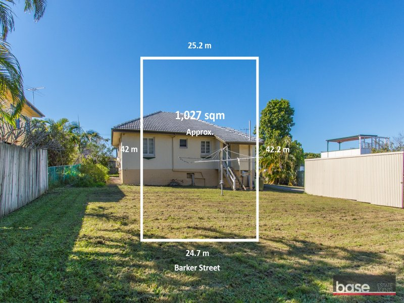 12  Barker Street, Wavell Heights, Qld 4012