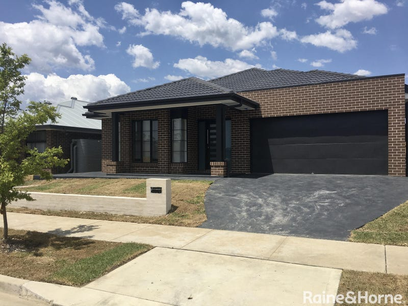 38 Windeyer Street, Renwick, NSW 2575
