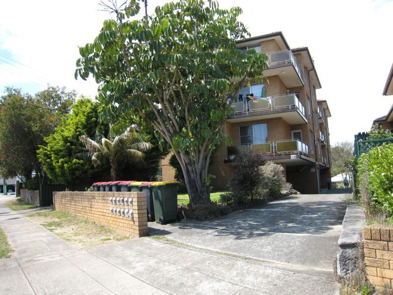 10/112 Homer Street, Earlwood, NSW 2206