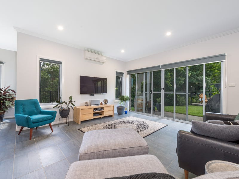 8/8 Sproule Crescent, Balgownie, NSW 2519