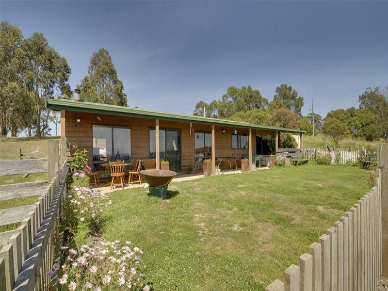 112 Martins Road, Willung, Vic 3847
