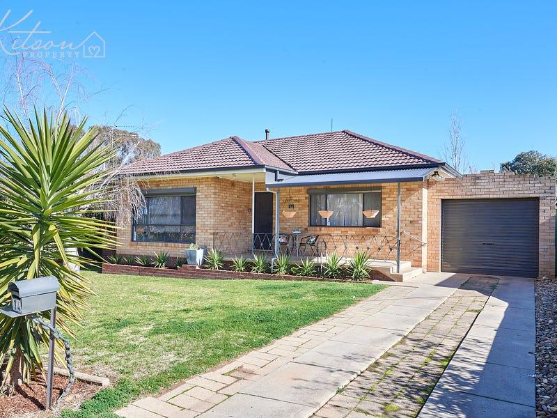 14 Boronia Street, Kooringal, NSW 2650