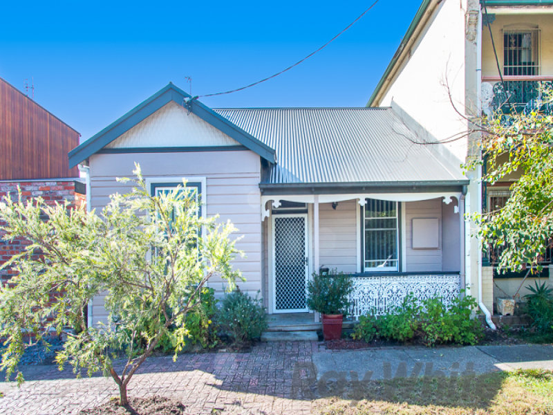 52 Hebburn Street, Hamilton East, NSW 2303