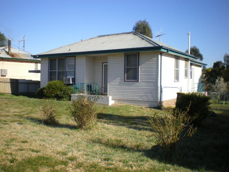 34 LISGAR STREET, Goulburn, NSW 2580
