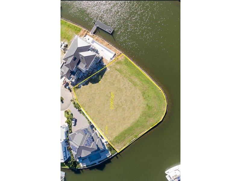 2215 Taromeo Court, Hope Island, Qld 4212