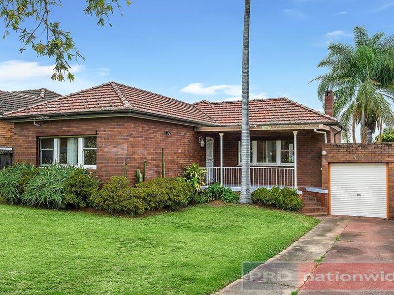 32 Carson Street, Panania, NSW 2213