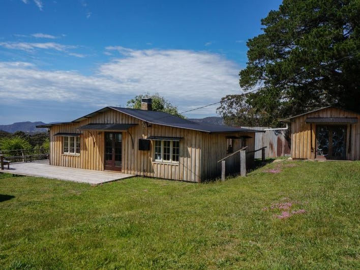 1785 Jenolan Caves Road, Hampton, NSW 2790