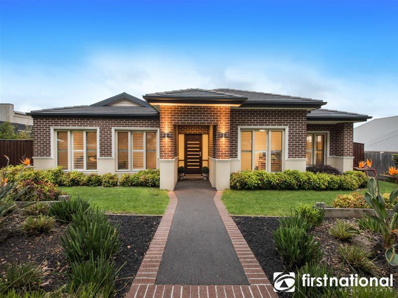 9 Tree View  Lane, Narre Warren North, Vic 3804