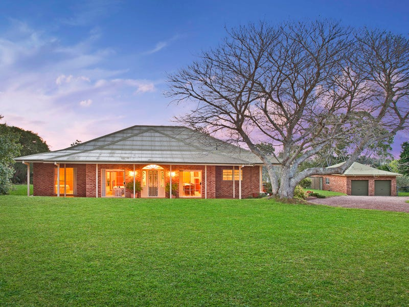 4 River Downs, Rawdon Island, NSW 2446