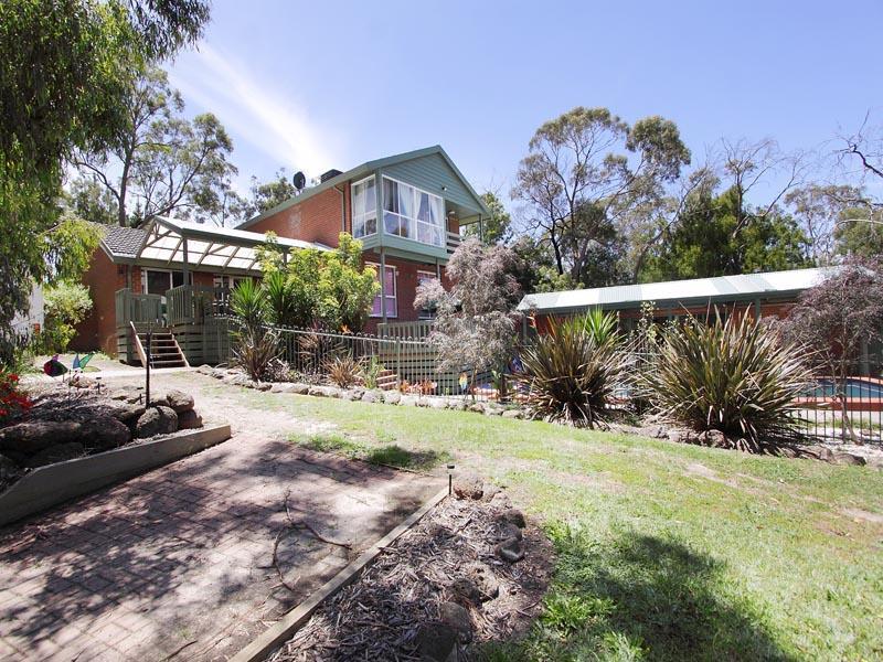 8 Allison Road, Mount Eliza, Vic 3930