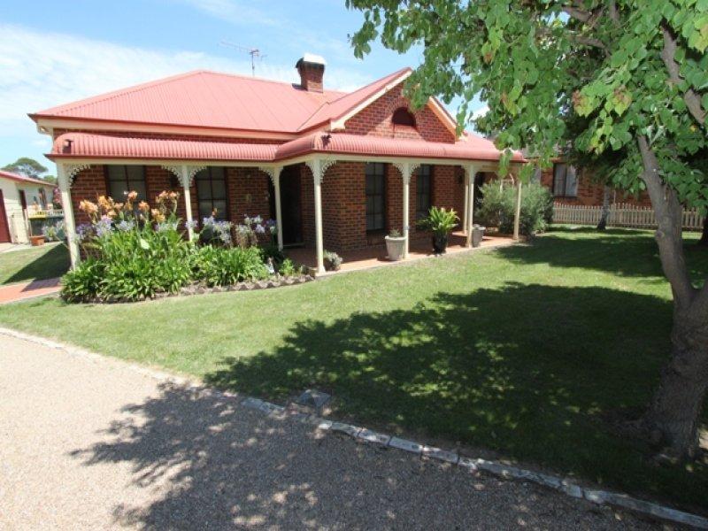 63 Cox Street, Eglinton, NSW 2795