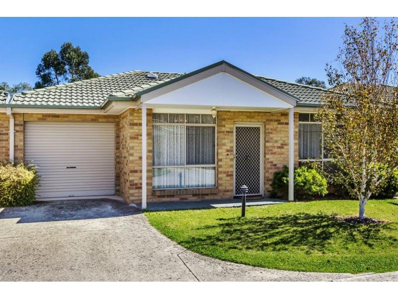 Unit 5/211-213 Wantirna Road, Ringwood, Vic 3134