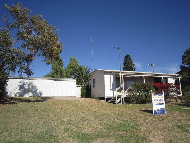 2 John Lewis Drive, Port Broughton, SA 5522