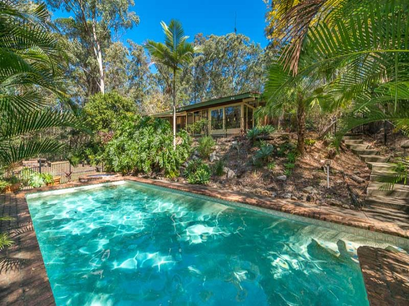 252 Bielby Road, Kenmore Hills, Qld 4069