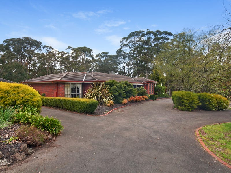 9555 Western Highway, Warrenheip, Vic 3352