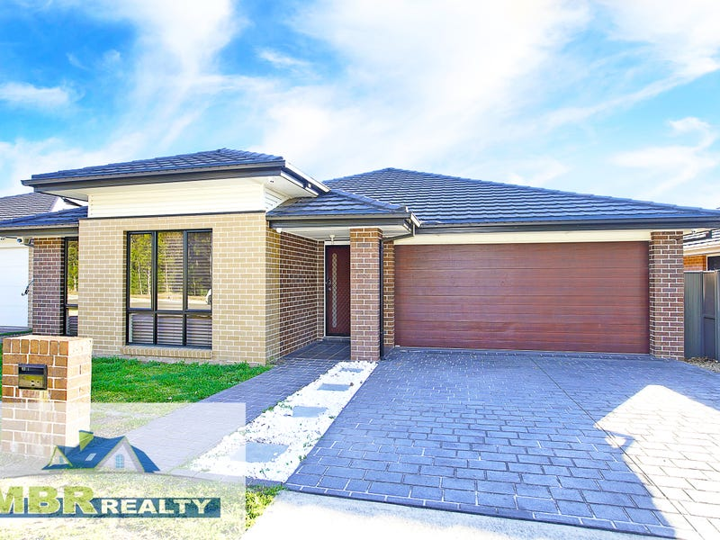 13 Bluebell Crescent, Ropes Crossing, NSW 2760