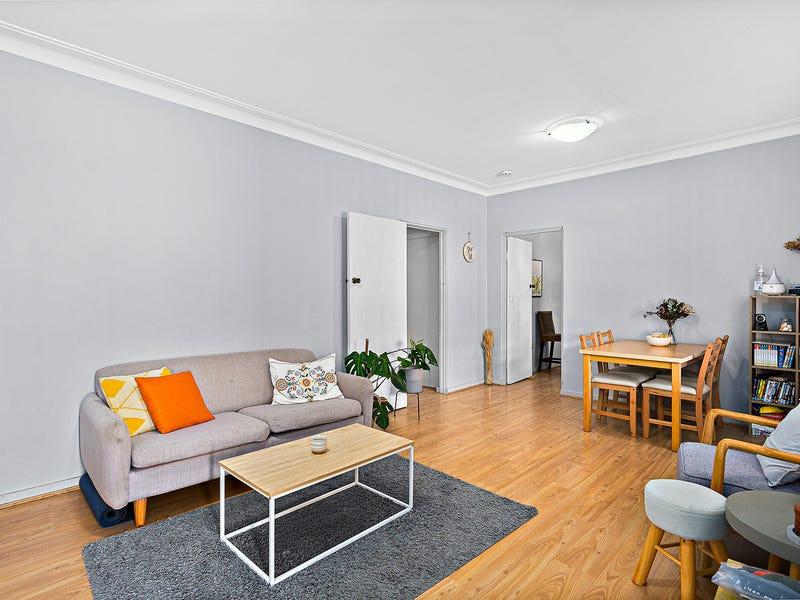 3/2a Moore Street, Gwynneville, NSW 2500