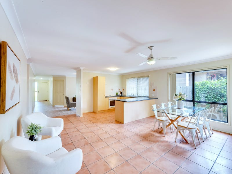 27 Highlands Terrace, Springfield Lakes, Qld 4300