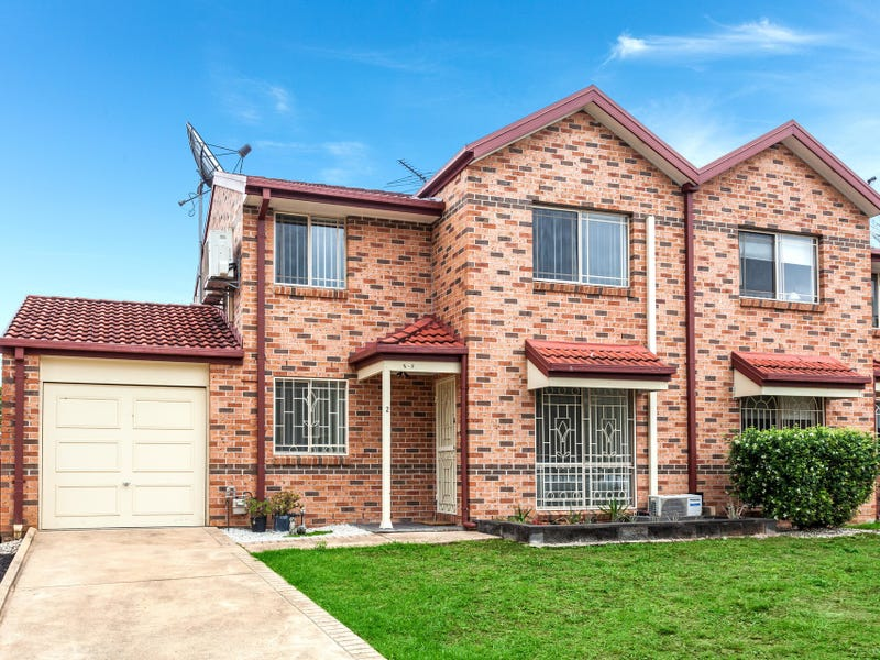 2/9 Watergum Way, Greenacre, NSW 2190
