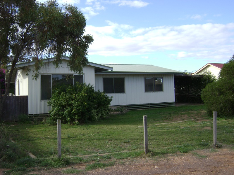 18 William St, Cowell, SA 5602