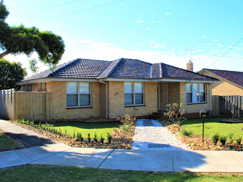 11 McNeilly Road, Drouin, Vic 3818