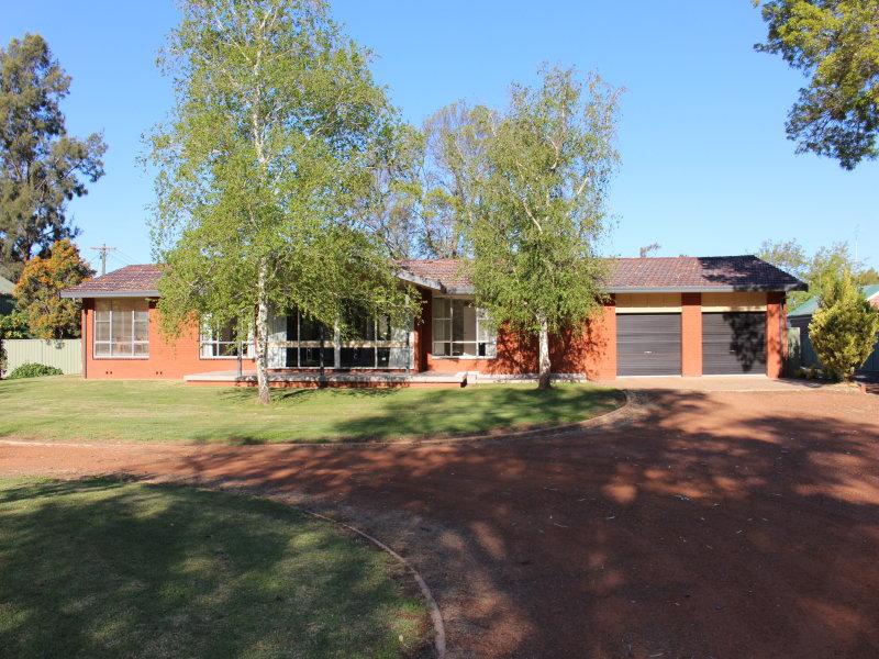 97 Yanco Rd, Leeton, NSW 2705