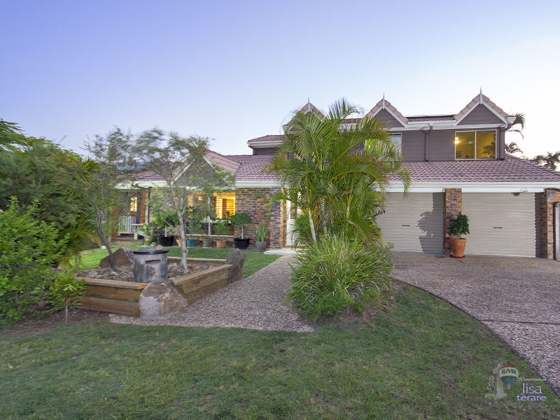 4 Wyambi Place, Middle Park, Qld 4074