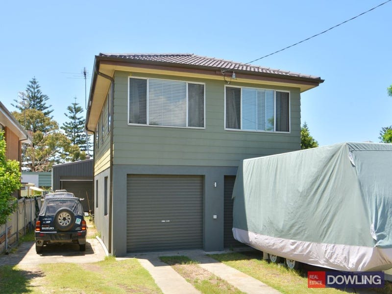 68 Newcastle Street, Stockton, NSW 2295