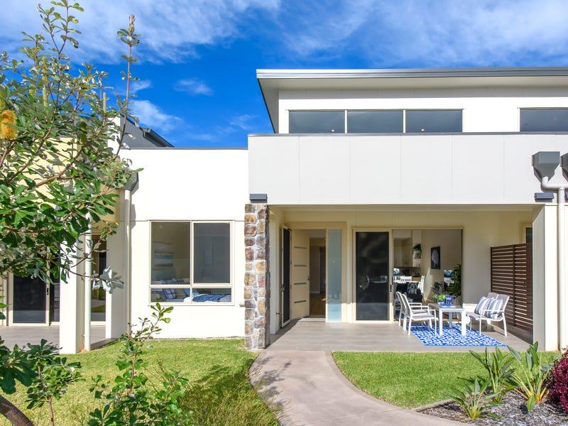 821 Ocean Drive, Port Macquarie, NSW 2444