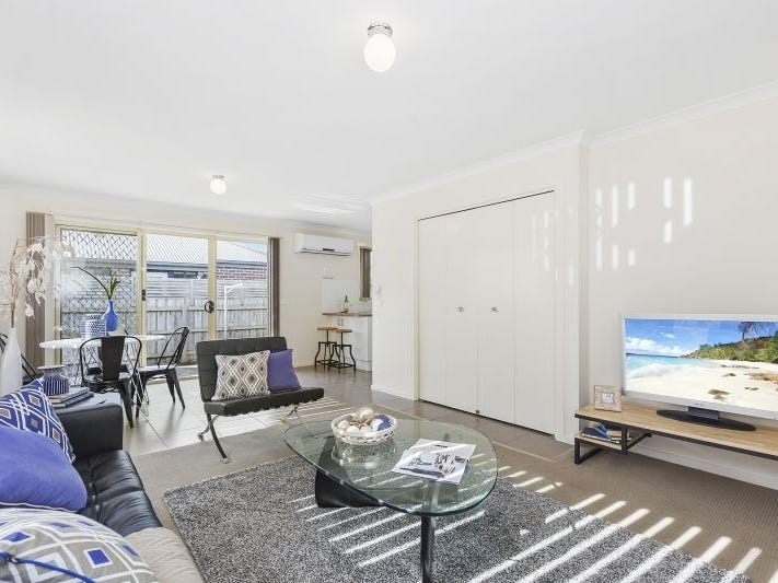 11/10 Kingfisher Court, Hastings, Vic 3915