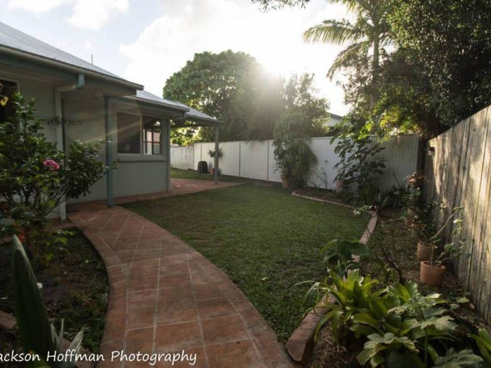 3/5 Karome Street, Pacific Paradise, Qld 4564