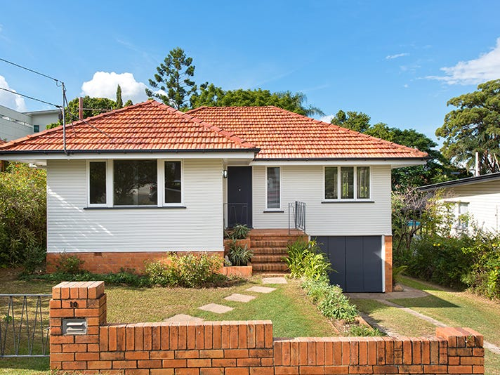 10 Justin Street, Holland Park West, Qld 4121