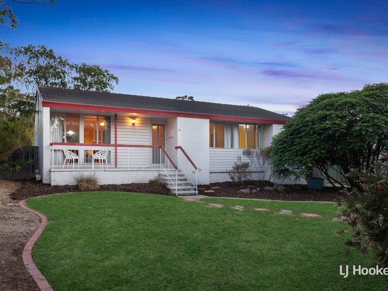 34 Baddeley Crescent, Spence, ACT 2615