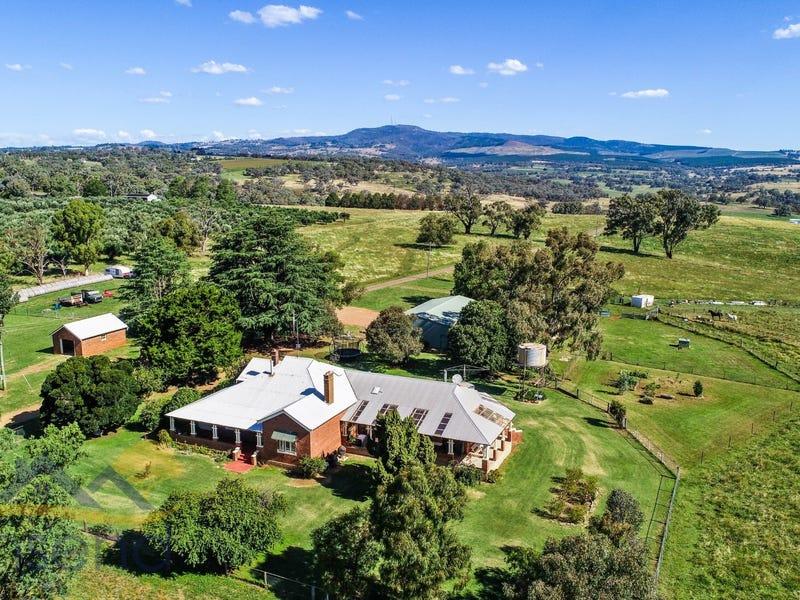 1549 The Escort Way, Orange, NSW 2800