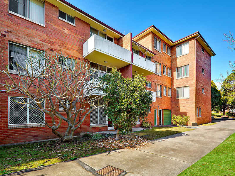 2/47 Burlington Road, Homebush, NSW 2140
