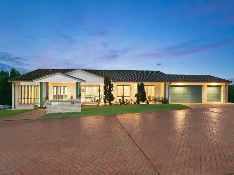 27 Whitehaven Drive, Lakelands, NSW 2282