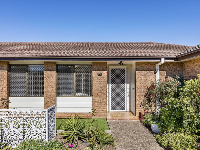12/26 Turquoise Crescent, Bossley Park, NSW 2176